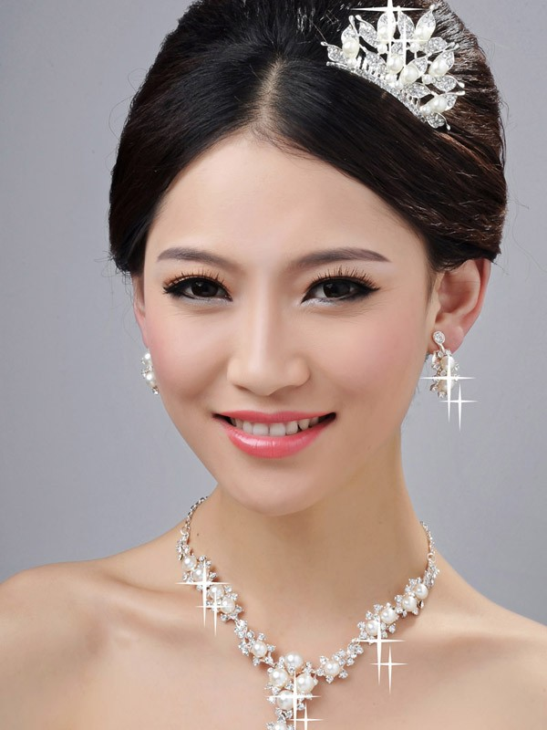 Bright Alloy Clear Crystals Pearls Wedding Headpieces Necklaces Earrings Set