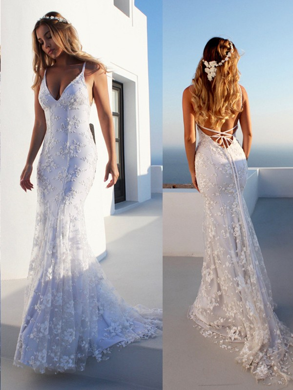 Trumpet/Mermaid Spaghetti Straps Tulle Sleeveless Court Train Wedding Dresses