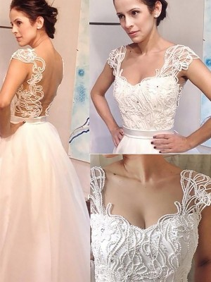 A-Line/Princess Sweetheart Tulle Sleeveless Sweep/Brush Train Wedding Dresses