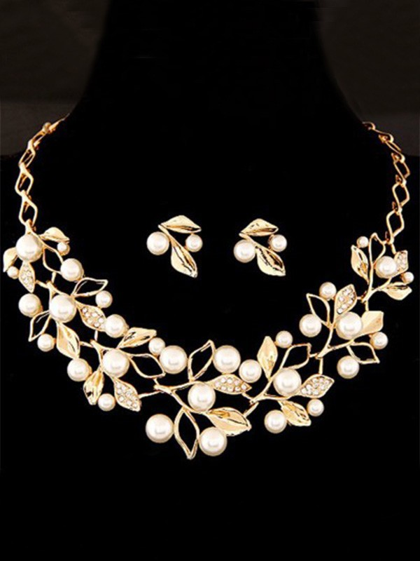 Ladies Attractive Alloy With Pearl Jewelry Set