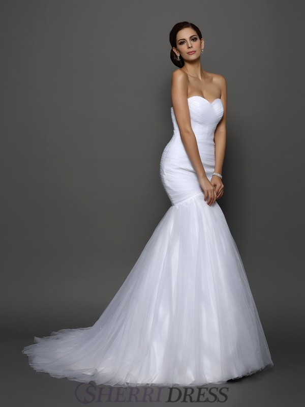 Trumpet/Mermaid Sweetheart Net Sleeveless Court Train Wedding Dresses