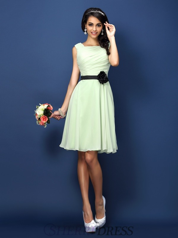 A-Line/Princess Bateau Chiffon Sleeveless Short/Mini Bridesmaid Dresses