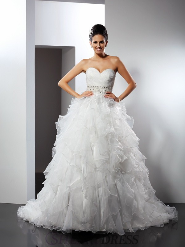 Ball Gown Sweetheart Organza Sleeveless Chapel Train Wedding Dresses