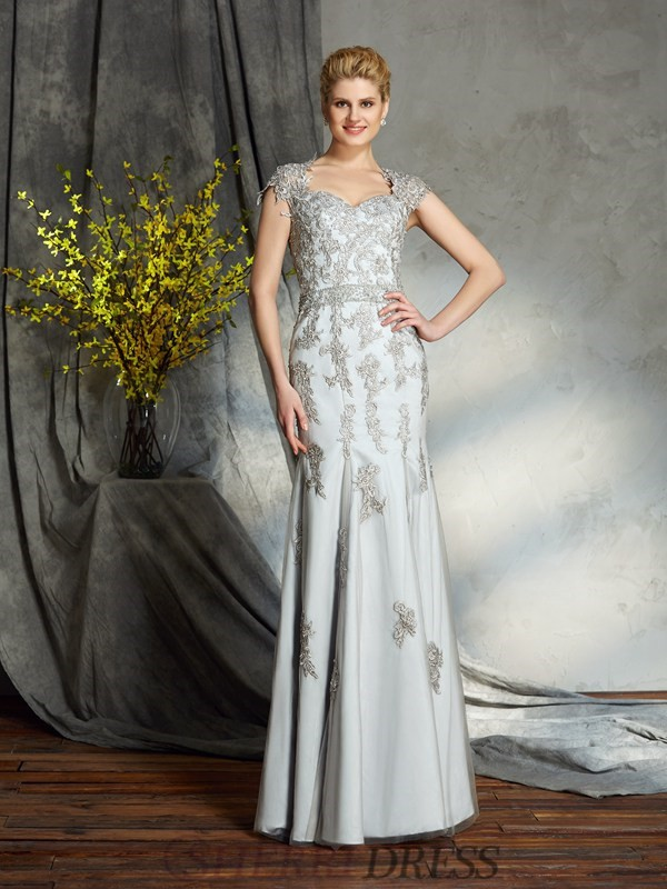 Sheath/Column Sweetheart Satin Sleeveless Floor-Length Mother of the Bride Dresses