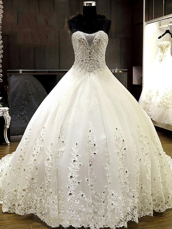 Ball Gown Sweetheart Tulle Sleeveless Cathedral Train Wedding Dresses