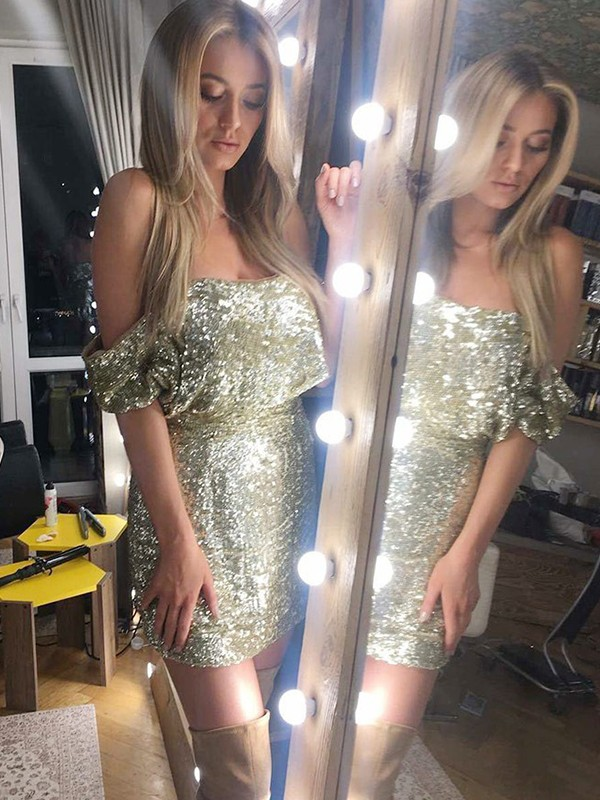Sheath/Column Off-the-Shoulder Sequins Sleeveless Short/Mini Dresses