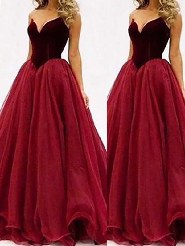 Ball Gown Sweetheart Tulle Sleeveless Floor-Length Prom Dresses